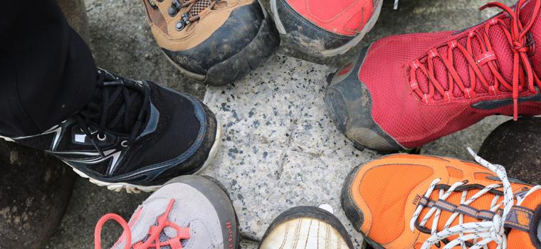 登山靴の種類はトレッキングシューズだけではない