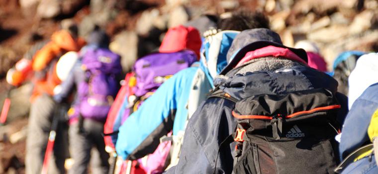 富士登山シーン別の服装選びのポイント
